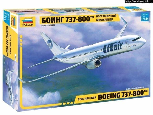 1-144 B737-800 Passenger Airliner Zvezda