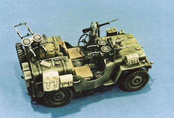 1-35 Commando Military Car 75