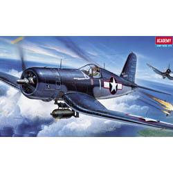 1-72 F4U1 Corsair Fighter