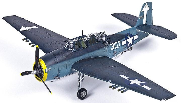 1:48 TBM3 USS Bunker Hill Torpedo Bomber